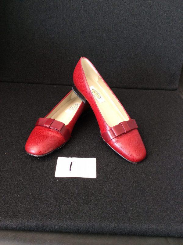 Women's Kitten Heels Size 7.5 narrow