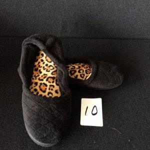 Women's black fleece slipper, Size XL