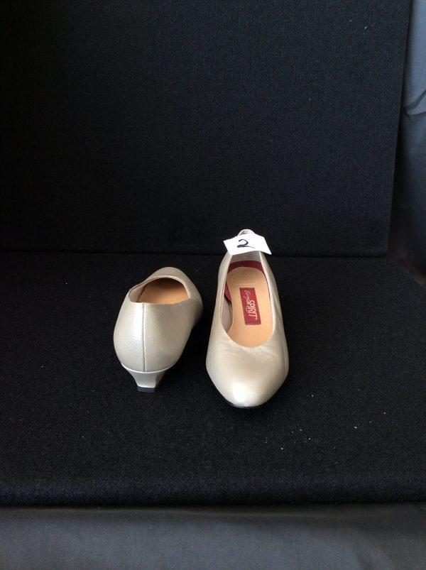 Women's Kitten Heels Size 7