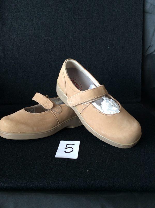 Women's Beige Shoe with velcro strp (new), Size 9 wide
