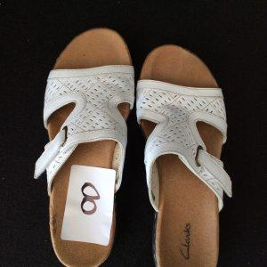 Women's Clarks white sandal (used), Size 7.5M