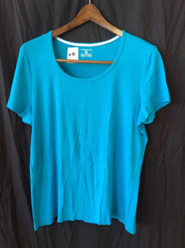 Women's blue scoop neck top, size xl