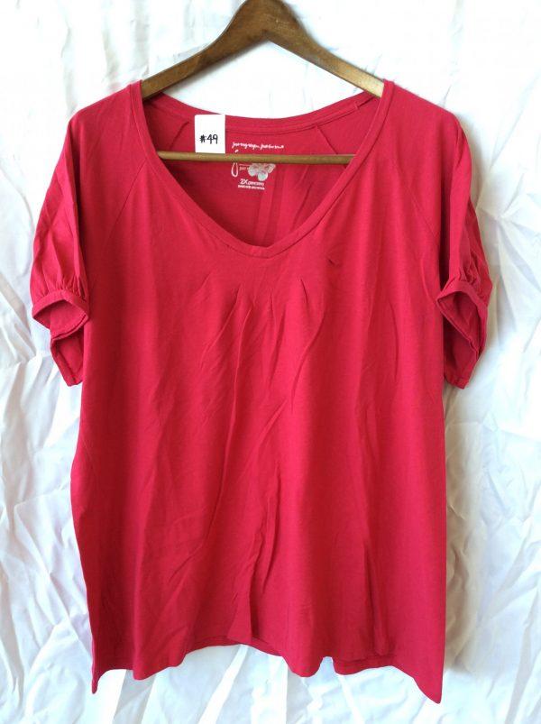 Women's fuchsia v-neck, size xxl