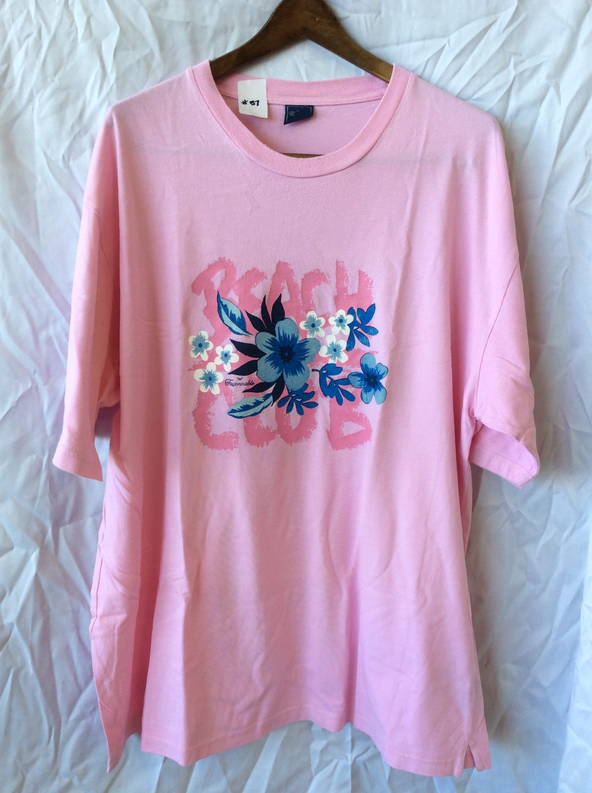 Women's (2 pack) t-shirts (one pink, one orange, size xxxl