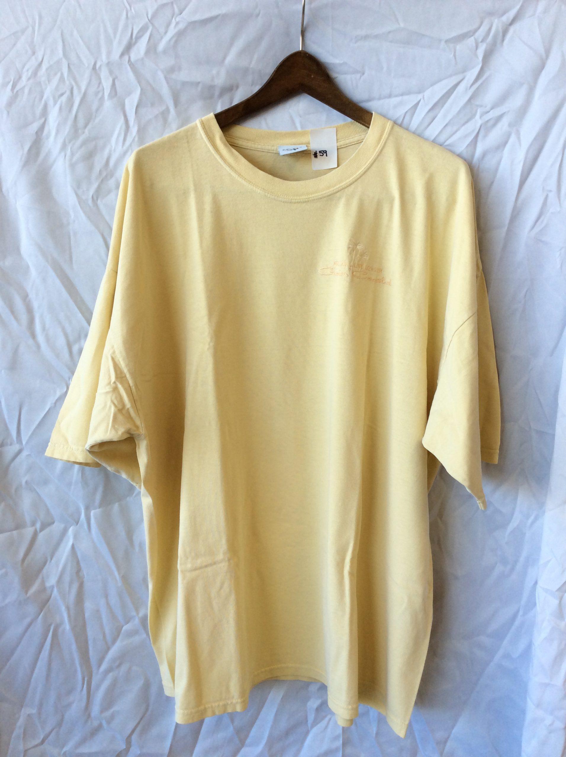 Women's yellow t-shirt, size 28