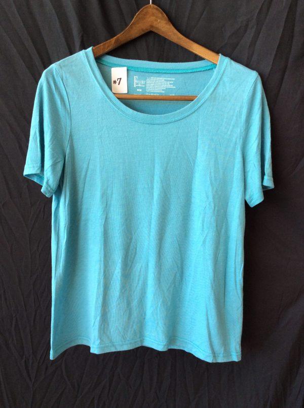 Women's blue t-shirt, size medium