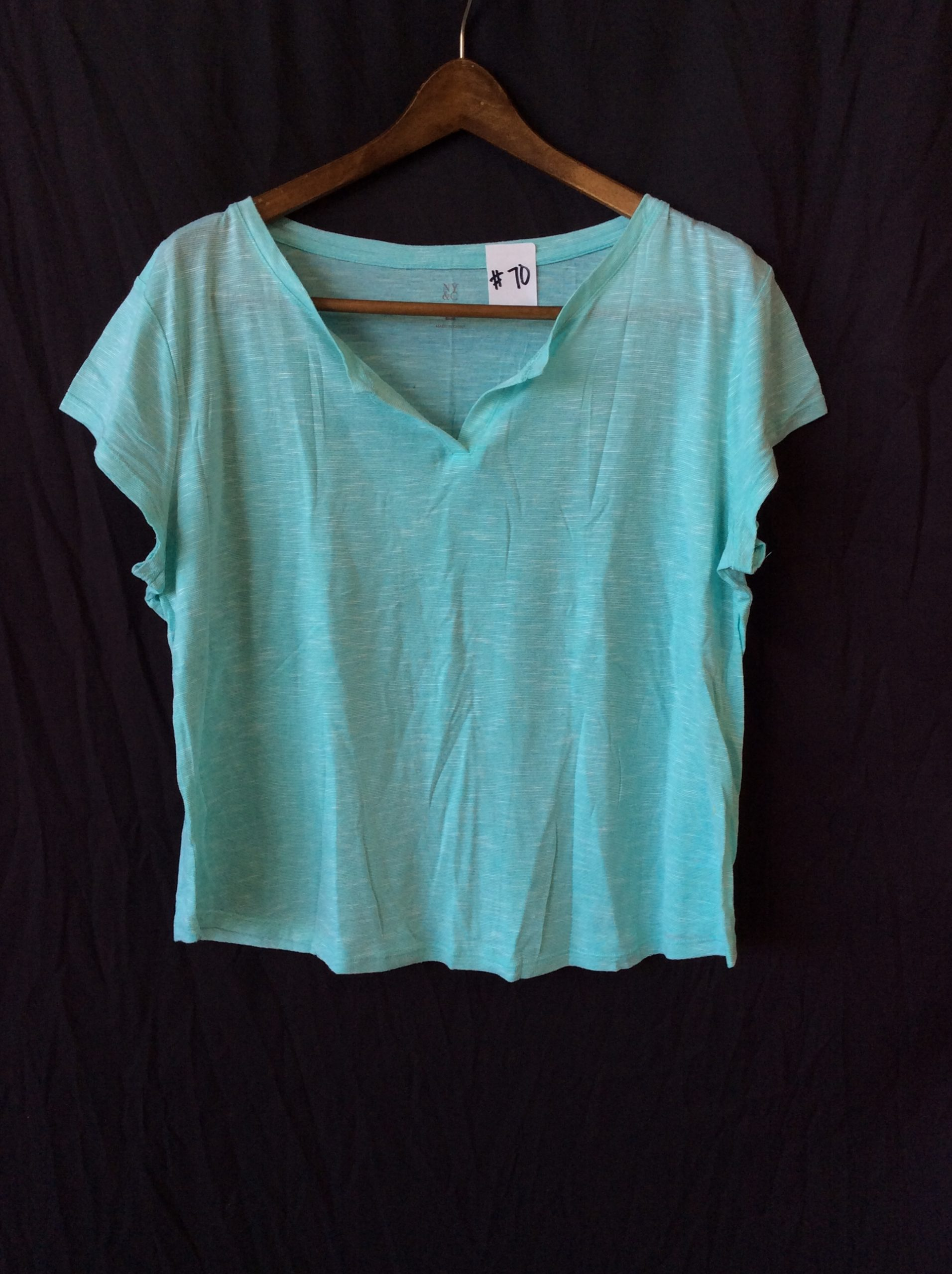 Women's v-neck turquoise top, size xl