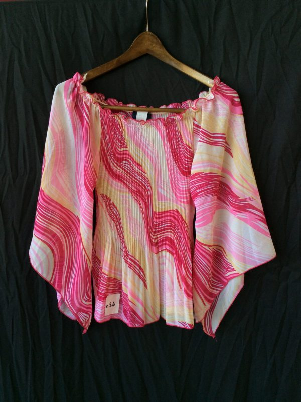 Women's pink print top, size xl