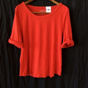 Women's red top, size xl